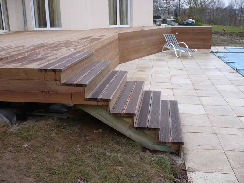 de terrasse bois, au sol et sur poteaux, gardecorps et escaliers, en
